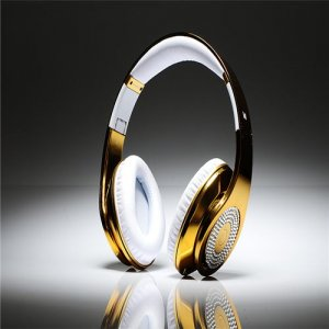 Beats By Dre Studio High Definition Powered Isolation Headphones Gold Limited Edition With Diamond